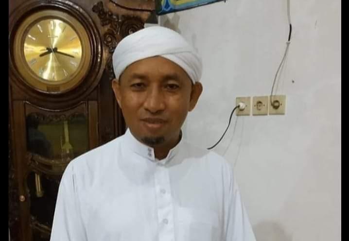 Guru Muhsin Dimakamkan