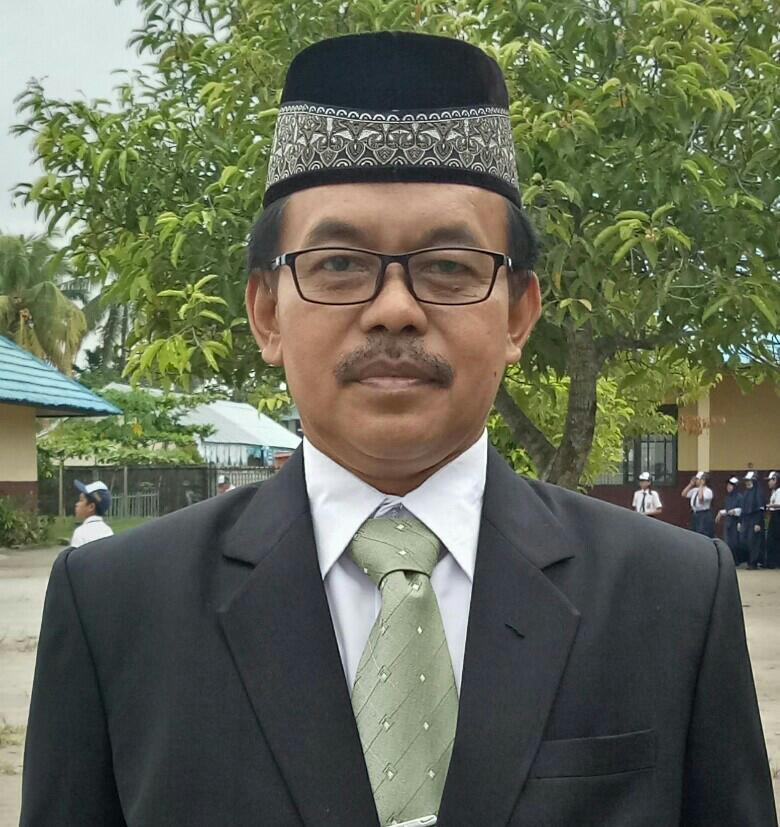 Kepala sekolah SMPN 3 Palangka Raya, Gunahard