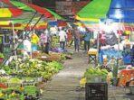 PASAR: Memasuki Ramadan, harga harga ayam potong hingga bawang tidak mengalami kenaikan.DENAR/KALTENG POS