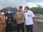 Gubernur Kalteng H Sugianto Sabran bersama Kadis PUPR Kalteng H Shalahuddin