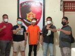 FOTO POLSEK DUSUN TENGAH DIAMANKAN : Satresmob Polsek Dusun Tengah mengamankan MF (20) karena kasus pencabulan.