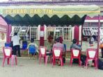 JAGA JARAK : Pelayanan bantuan operasional rumah ibadah yang dipusatkan di belakang Kantor Bupati Barito Timur, Rabu (21/7)./PROKOPIM PEMKAB BARTIM