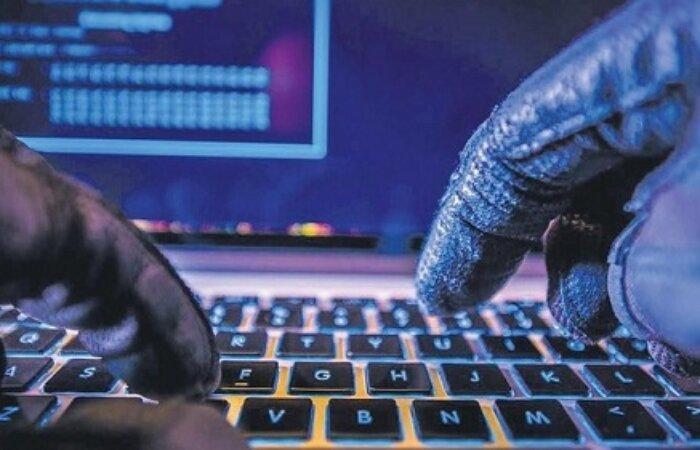 Hacker atau penjahat siber kian massif melancarkan serangan.
