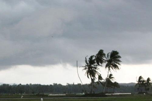 potensi curah hujan tinggi hingga cuaca ekstrem pada dua dasarian ke depan.