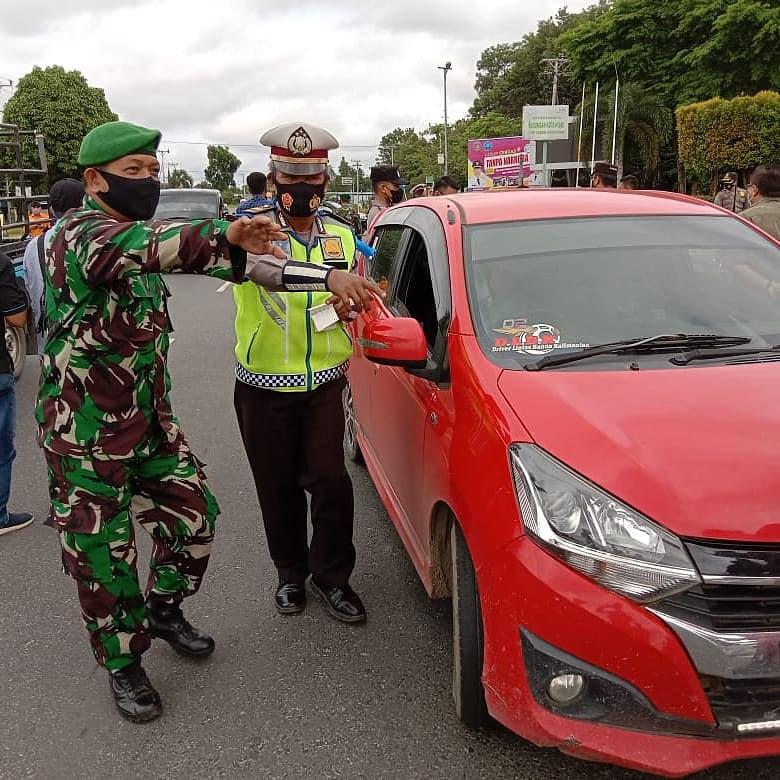OPS PATUH TELABANG: Pabung Katingan Kodim 1015/Spt Mayor Inf Supriyanto mendampingi pelaksanaan Operasi Patuh Telabang 2021 di wilayah setempat, Senin (27/9)./PENREM 102/Pjg