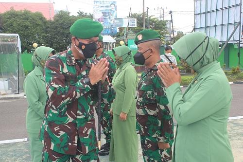 Dandim Pimpin Upacara Korps Raport Kenaikan Pangkat 27 Prajurit