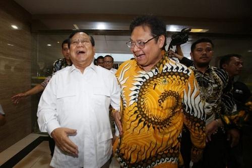 Prabowo vs Airlangga Bisa Terjadi pada 2024
